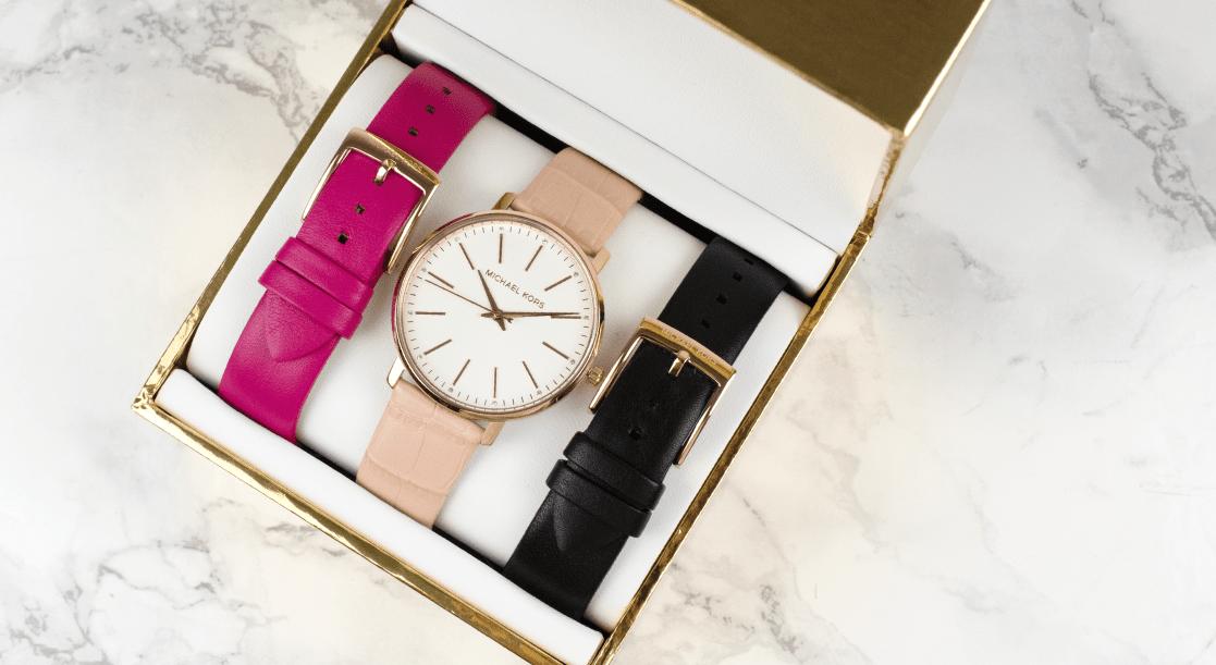 Michael Kors MK2775 watch and strap gift set
