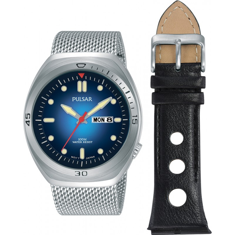 0a89559ce Pulsar Mens Sport Watch and Strap Gift Set PJ6097X2